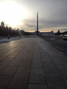 Park Pobedy, der Siegespark. Die U-Bahn-Station darunter hat die angeblich längste Rolltreppe Europas.