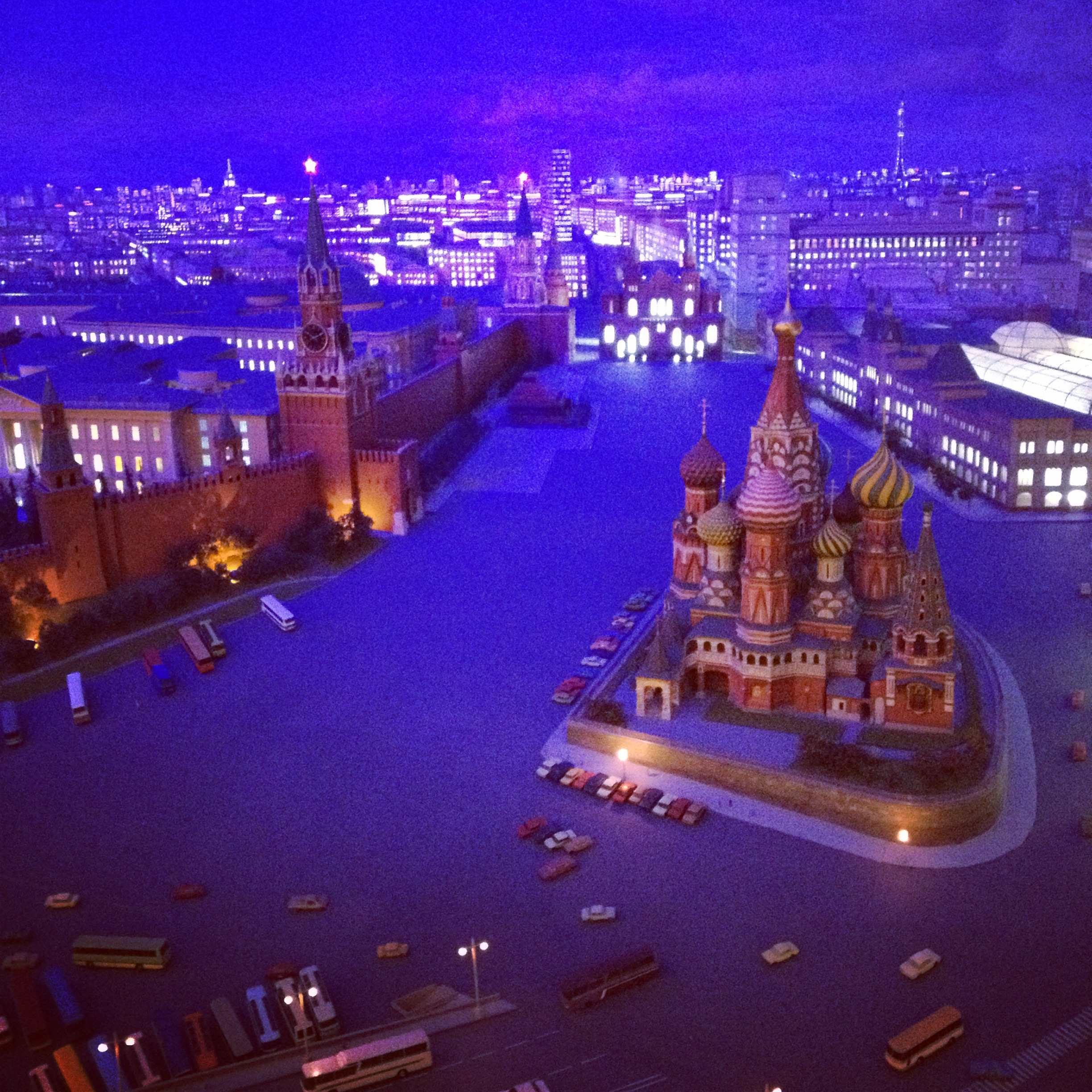 red square diorama