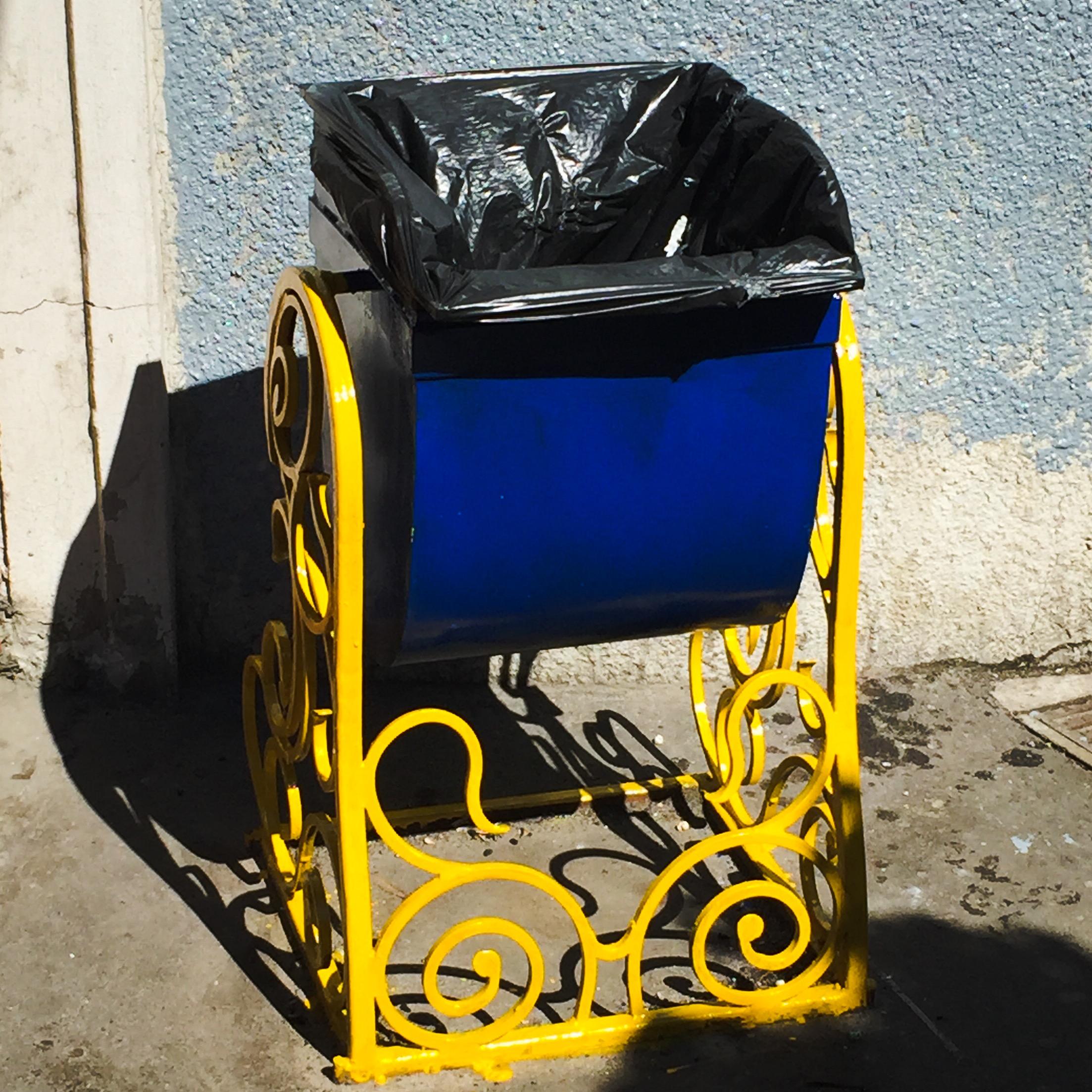 Kiew Mülleimer