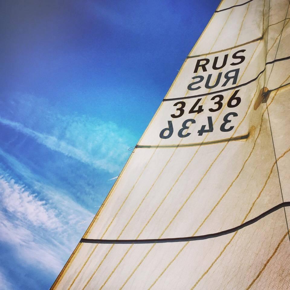 segeln-in-moskau-himmel