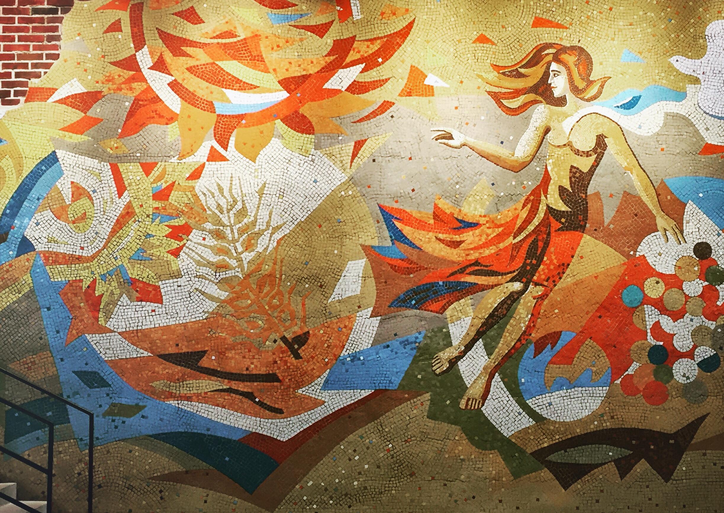 So sieht der Frühling als sowjetisches Mosaik im Garage-Museum aus. Wie er bei Facebook, Twitter oder Instagram aussieht, ist leicht vorherzusagen
