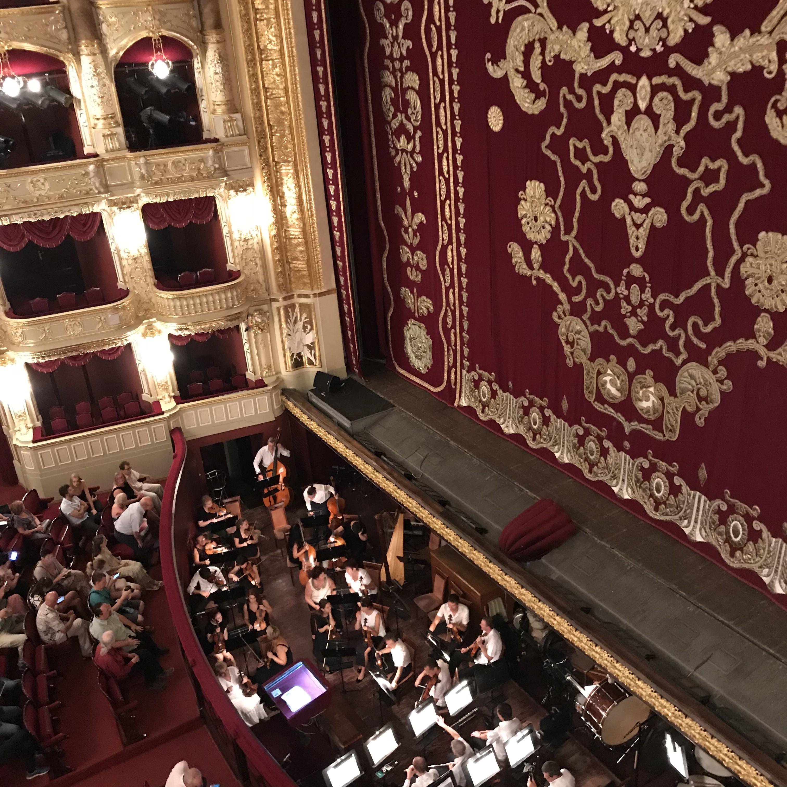 Odessa Opernhaus Orchestergraben Buehne